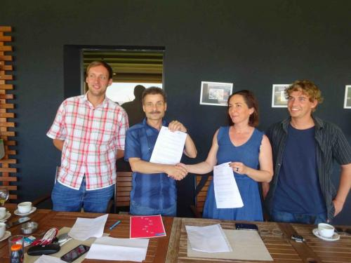 Vertragsunterzeichnung mit dem SOS Kinderdorf Kosovo im Juni 2019